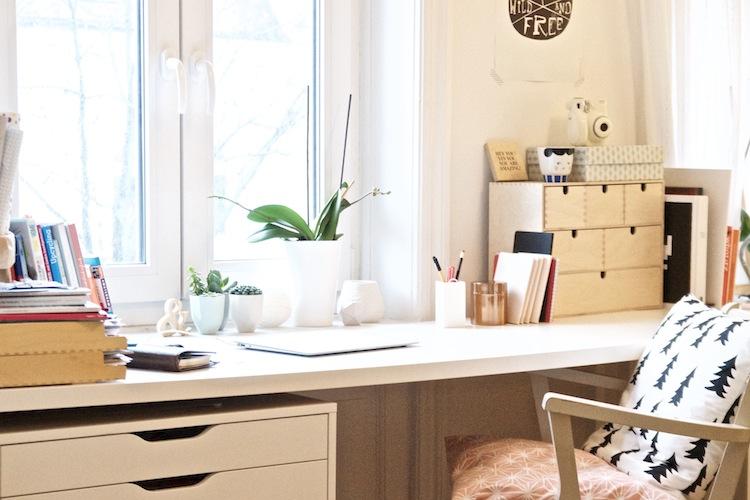 Lieblingsecke Pinkepank Schreibtisch Übersicht (1)
