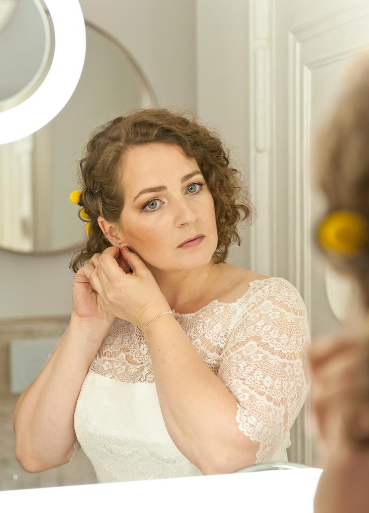 Das Haarstyling und Make-up haben U.M.S. gezaubert.