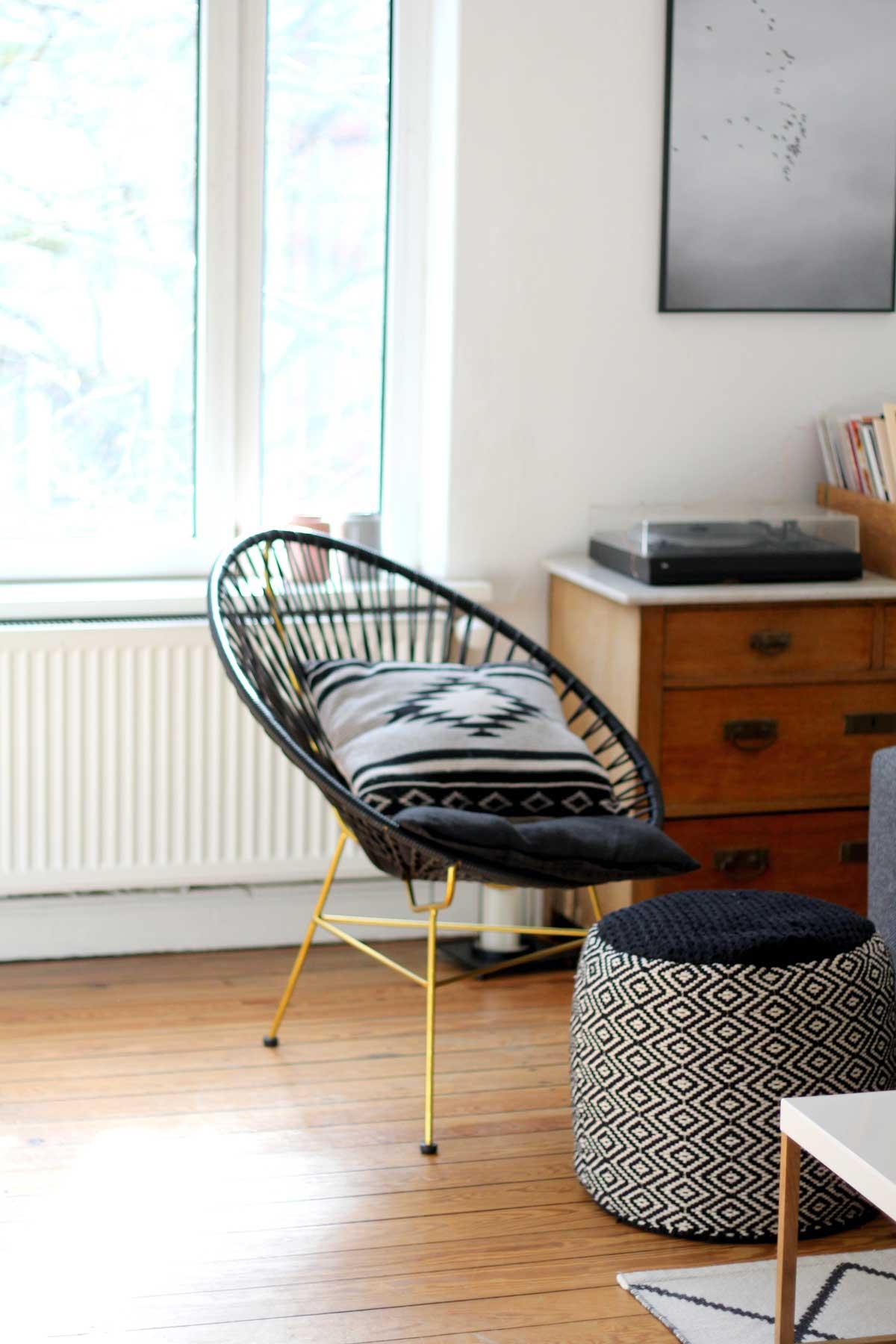 Acapulco Chair, Lieblingsecke von Ines aus Ottensen, hamburg von innen