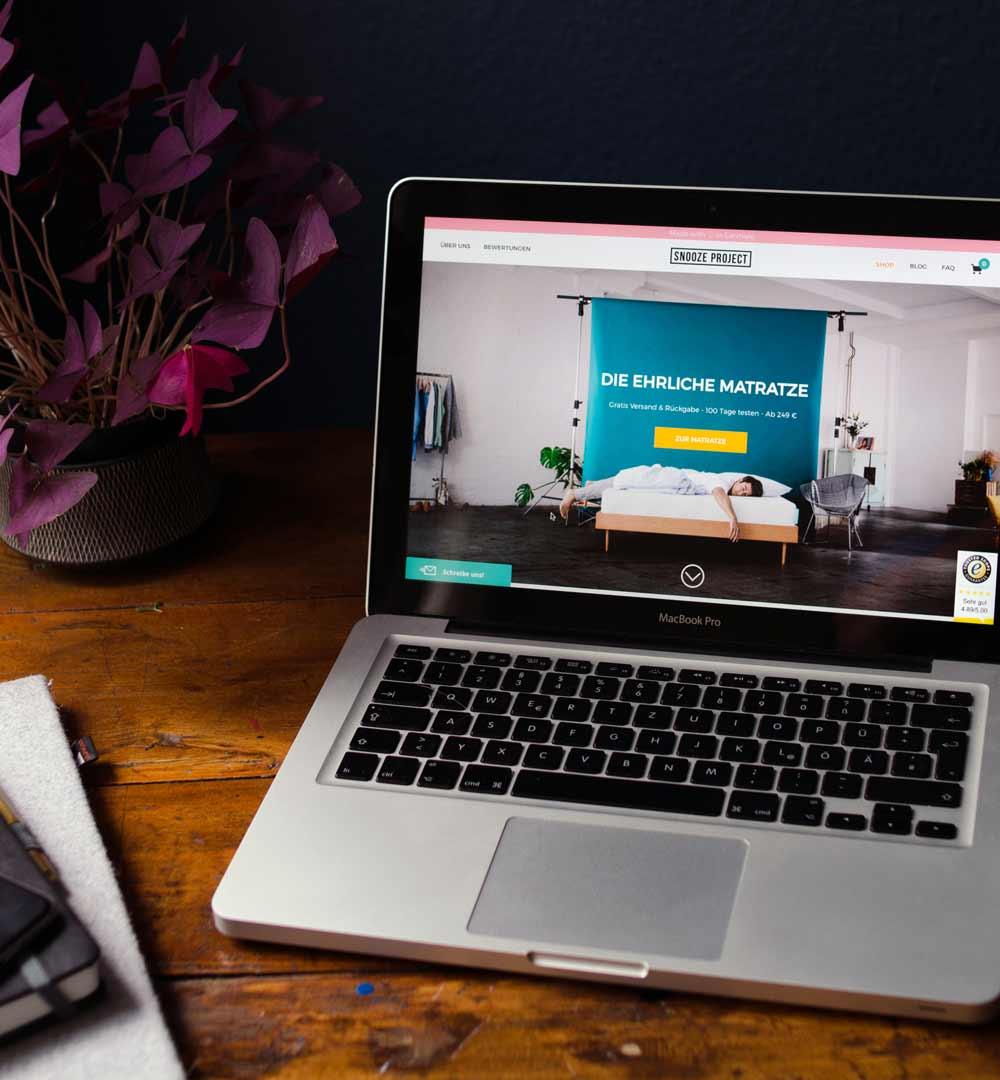 snooze project unsere neue matratze hamburg von innen. Black Bedroom Furniture Sets. Home Design Ideas