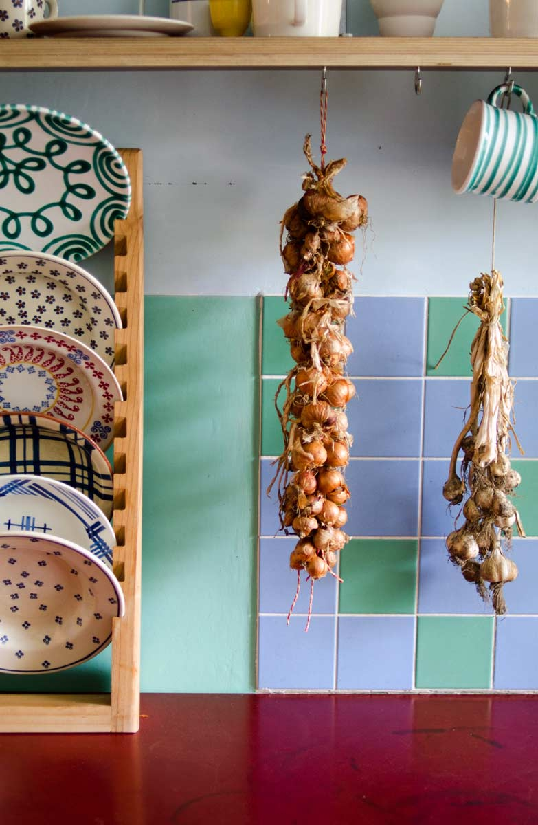 farbenfrohe Küche, Wandgestaltung mit Farbe, Charlotte Crome, hamburg von innen